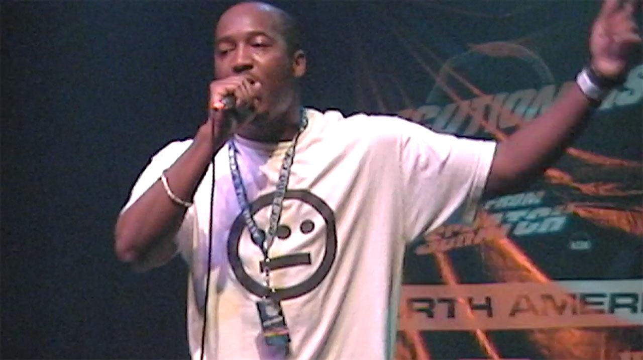 Pep Love Live Concert Video - October 2000