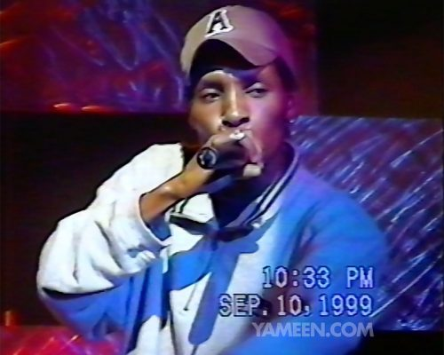 "Del the Funky Homosapien performs over 30 minutes at the Sega Dreamcast launch party in 1999, performing hits such as ""Proto Culture""."